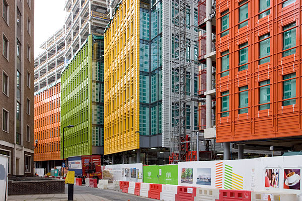 Central St. Giles - The façade was designed by Renzo Piano and consists of 140,000 ceramic elements